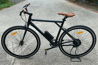 Electric Bike (Fixie style)  with pedal assist 200 wat on road racer