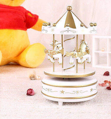 Home Decoration Wind Up Horse Fairground Roundabout Carousel Musical Box Golden