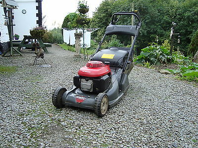 Honda HRX476 Self Propelled Rear Roller Lawnmower