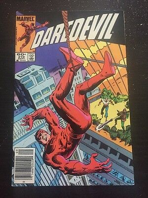 Daredevil#210 Incredible Condition 9.0 Zeck Cover(1984)Cool!