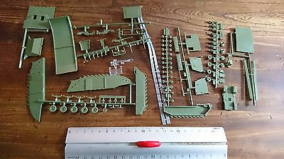 Lot Pieces Only Parts Ww2 Usa Amphibie Vehicle 1/72 Incomplet / Ref.005