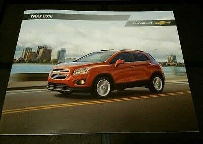 2016 Chevy Trax 28-page Original Sales Brochure