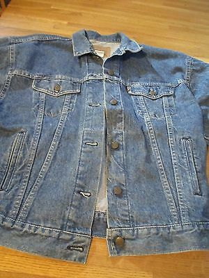 Vintage Men's Levi Strauss Trucker Denim Jacket Made in USA Size M 100% Cotton