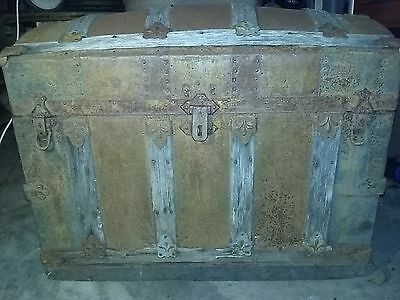 Old Antique Treasure Chest / Steamer Trunk