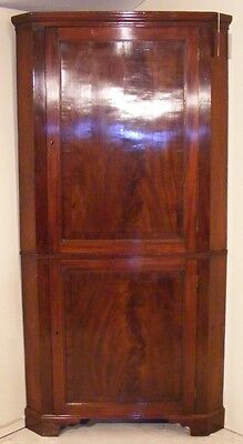 Good Quality Antique Mahogany & Inlaid Full Height Corner Cupboard
