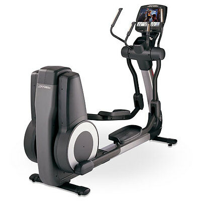 Life Fitness 95x Engage Elliptical Cross Trainer (Remanufactured)