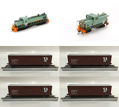 Athearn Proto Pacific Great Eastern PGE RS3 Locomotive Train Bundle 2 - HO Scale