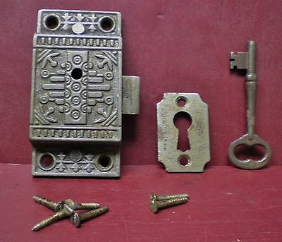 Antique R.h.c. Windsor Pattern Lock Keyhole Cover & Skeleton Key #2