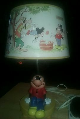 Vintage 1981 Mickey Mouse Disney Lamp With Original Goofy Shade - Works