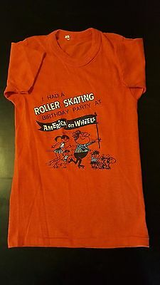 Vintage 70s Youth Kids Roller Skating Party America On Wheels Rink T-Shirt Derby
