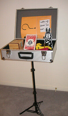 BRIEFCASE TABLE mentalism magic