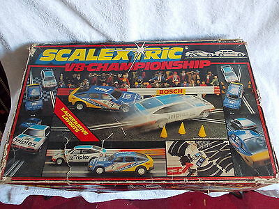 Scalextric V8 Championship Rover 3500 Used Untested 2 Cars Track Etc