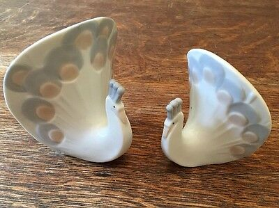 Linchmere China Peacocks set of 2