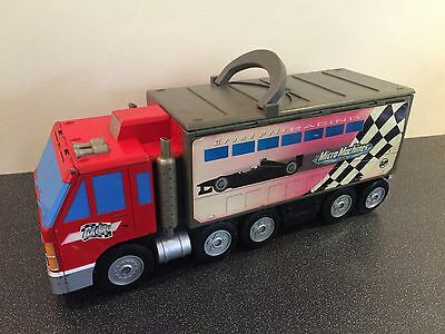 Micro Machines Grand Prix Lorry Fold Out Race Track + 1 Vehicle
