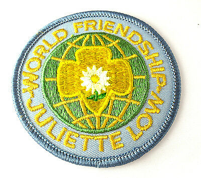 EARNED PATCH 1970s Juliette Low World Friendship NEW Badge Multi=1 Ship Chrg