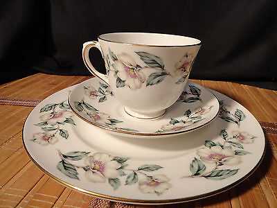 CROWN STAFFORDSHIRE CHRISTMAS ROSES Trio, Bone China, Cup, Saucer, Small Plate