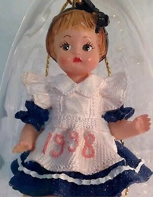 1998 Effanbee Doll Ornament Series F036 ~ New in Box ~ Patsy On pink Pillow