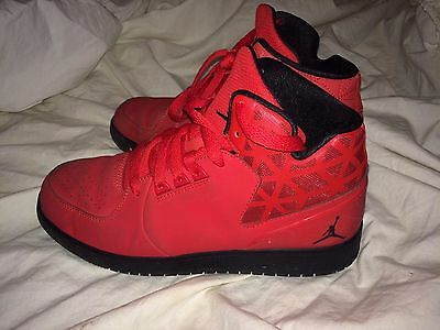 red nike sneakers size 6 youth IN GREAT SHAPE