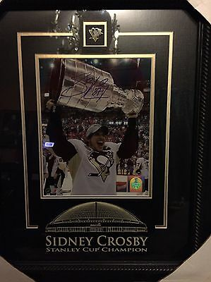 Sydney Crosby Signed 8X10 Framed Comes With Gram worth COA