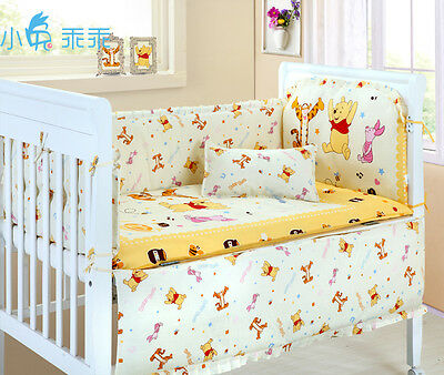*** Winnie the Pooh and Friends Baby Crib/Cot Bumper ***