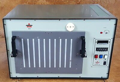 Delta Design Environmental Test Chamber * Laboratory Oven * N2 Cooling * Tested