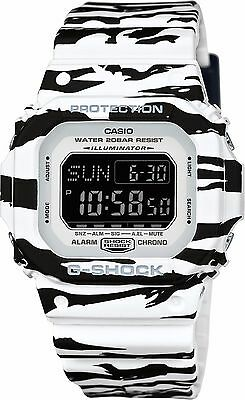CASIO DW-D5600BW-7CR G-Shock Black and White Series Men's Watch-Brand New.