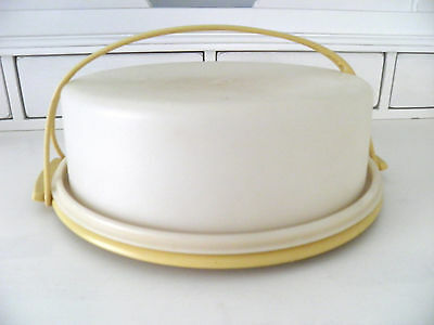 Vtg Tupperware Round Pie Take Carrier Container Harvest Gold Handle Clear
