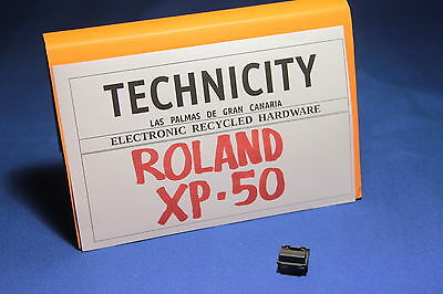 Roland Xp - 50 - 1 Plastic Button - 1 Boton Plastico   - Original - Tested