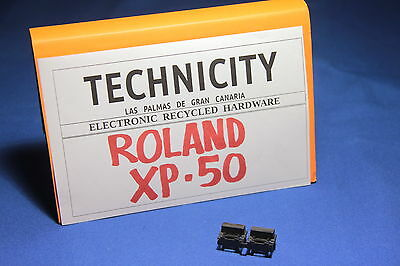 Roland Xp - 50 -  Plastic Button ( 2 ) -  Boton Plastico   - Original - Tested