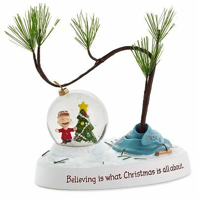 Hallmark Peanuts Gallery Limited 2015 Christmas Believing Figurine Charlie Brown