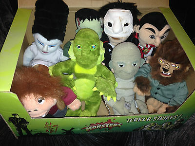 COMPLETE SET OF 8 CVS Excl Universal Monsters Beanies New w/ original display