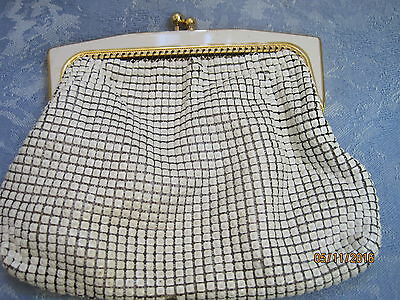 Vintage  GORGEOUS LINED Glomesh  LIGHT BEIGE COIN PURSE