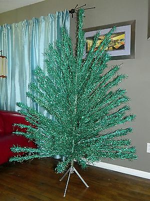 6' Green Aluminum Tinsel Christmas Tree 119 Branches Vtg Mid Century Space Age