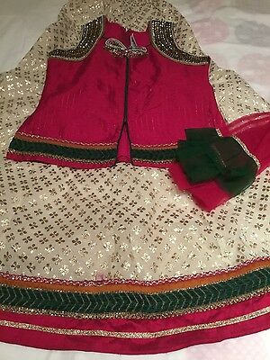 Beautiful Girl's India choli dress, white, green & pink with gold wrk age 8-10yr