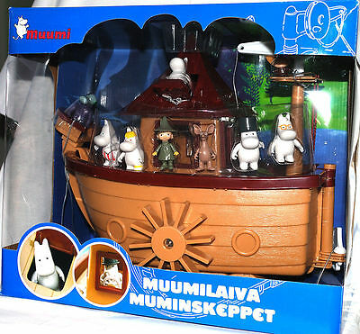 Moomin Plastic Toy Boat and 9 Figures Martinex Finland *NEW