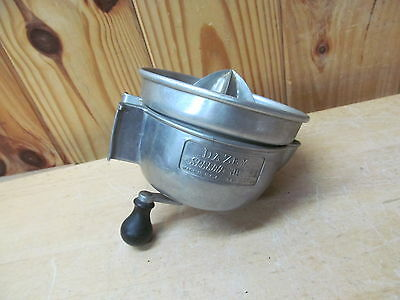 Vintage Dazey-Churn Co. Speedo Juicer