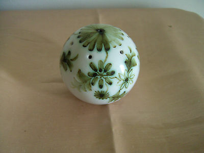 A Pretty Vintage Hand Painted Rye Pottery Po Pourri Holder