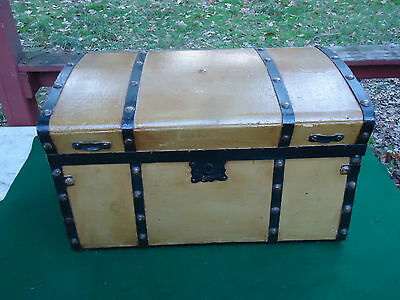 Antique Trunk Chest Stagecoach Travel Trunk