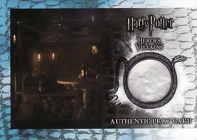 Harry Potter Heroes & Villains Candles from Hagrid's Hut P2 Prop Card