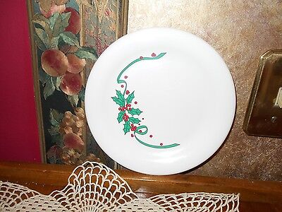 """RARE RETIRED Tupperware Christmas Holiday Holly Berries 7 1/2"""" Plate #2250A-5"""