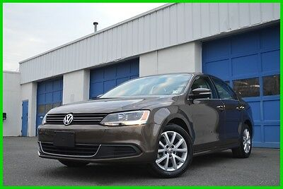 2013 Volkswagen Jetta 2.5L SE Automatic Warranty 32,000 Miles Save Big Full Power Options Power Moonroof Alloy Wheels Heated Seats Bluetooth Excellent