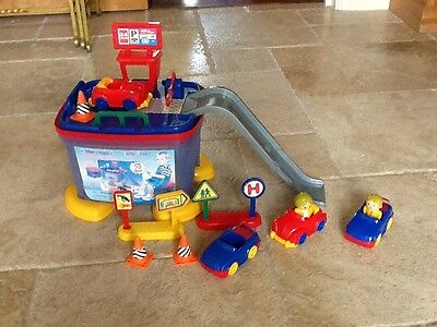 Toy Garage / Cars And Child Seat / Chair