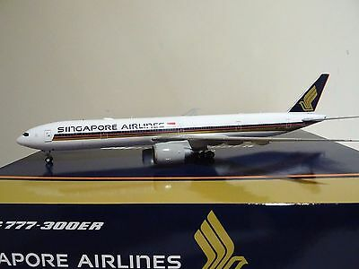 Jc Wings 1:200 Singapore Airlines 777-300Er 9V-Sna *brand New*