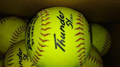 Lot of 6 Yellow Softballs Dudley Thunder great condition