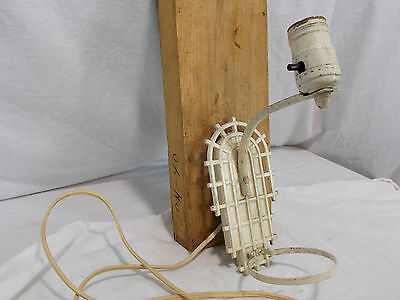 Vintage, Antique ART DECO PAINTED CAST IRON SINGLE BULB WALL SCONCE As Found