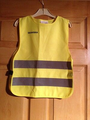 Childs Skanska High Visibility Tabard Age 7-10 Years in Excellent Condition