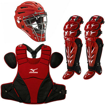 Mizuno Samurai Adult Catchers Set RED/BLACK COMES WITH A RED HELMET