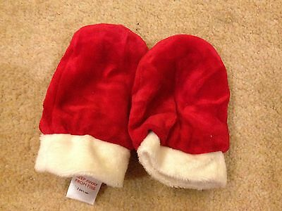 Baby Girls Lovely Fluffy Xmas Mittens 6-12 Months Mamas And Papas