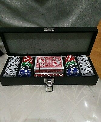 New 100 PIECE POKER GAME SET - IN ALUMINIUM CASE - CHIPS/CARDS/DICE