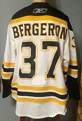 08/09 Patrice Bergeron Game worn used Boston Bruins jersey Meigray LOA Pho-Match